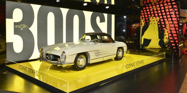 "Exposition Mercedes-Benz ""Iconic Stars"""