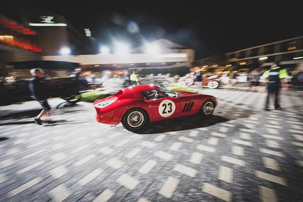 RM Sotheby's : record mondial pour une Ferrari 250 GTO