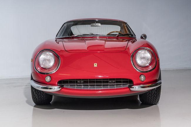 Le prototype de la Ferrari 275 GTB/4 aux enchères