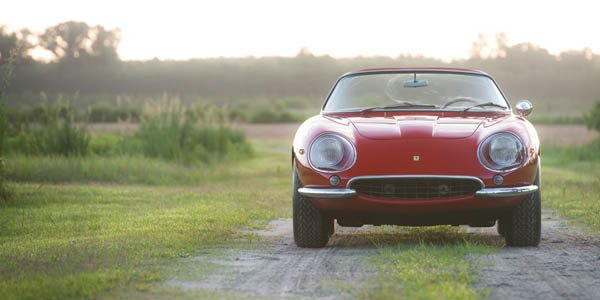 Une Ferrari 275 GTB/4 Spyder en video