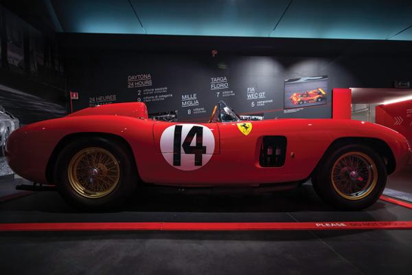 Une Ferrari 290 MM 1956 aux enchères RM Sotheby's