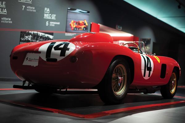 RM Sotheby's : 22 millions de dollars pour une Ferrari 290 MM