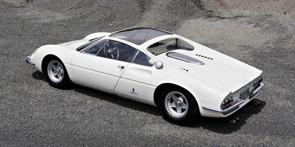 Rare Ferrari 365 P Berlinetta Speciale aux enchères