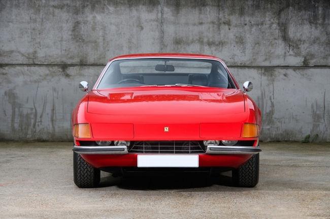 Offrez-vous la Ferrari 365 GTB4 Daytona de Sir Elton John
