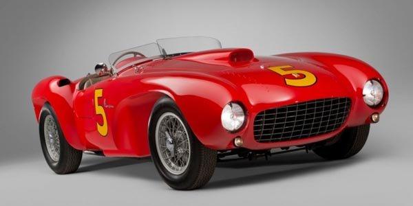 Une Ferrari 375 MM Spider aux enchères