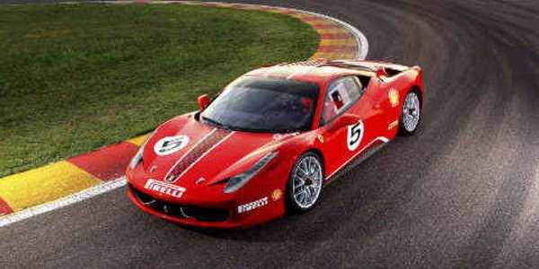 Ferrari 458 Challenge : harder, better..