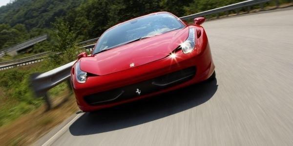 Toile inédite pour la Ferrari 458 Spider