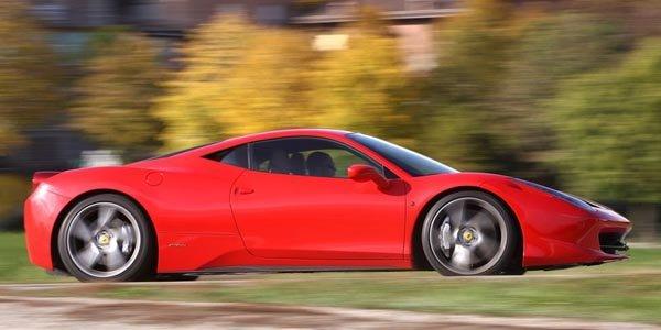 Ferrari 458 Scuderia : 120 kg de moins