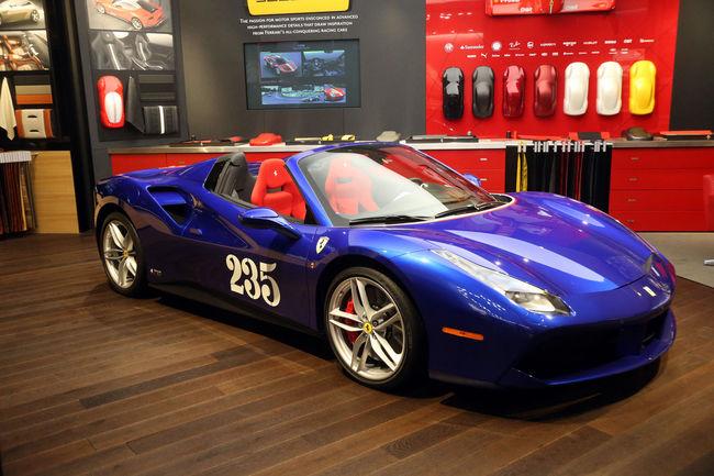 Francfort : one-off Ferrari 488 Spider Heartthrob
