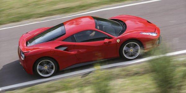 FCA prépare l'entrée en bourse de Ferrari