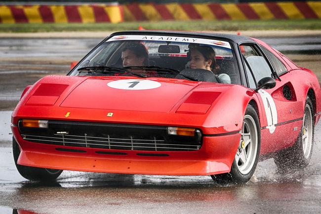 En piste avec la Ferrari Classiche Academy