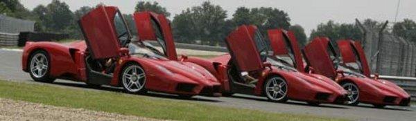 450 Ferrari et 220000 € contre le cancer