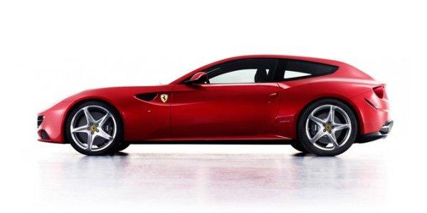 Ferrari FF aux enchères pour le Japon