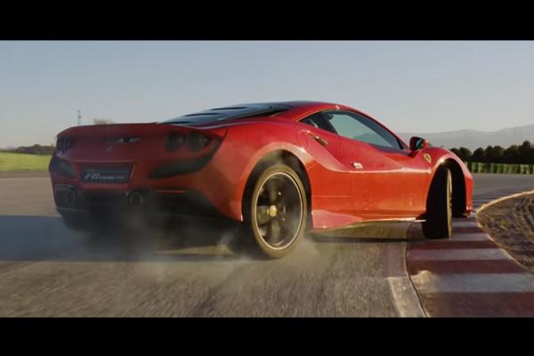 Découvrez la Ferrari F8 Tributo en action