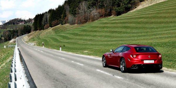 Une balade en Ferrari FF