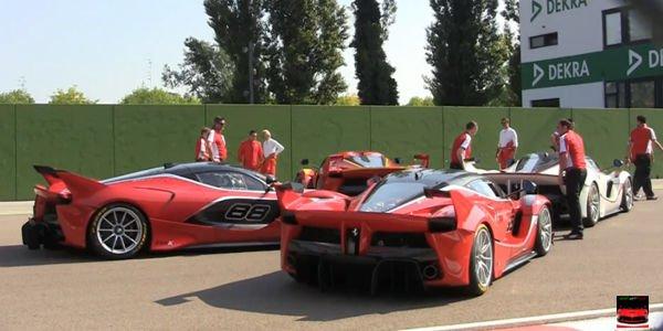 Quatre Ferrari FXX K en piste à Imola