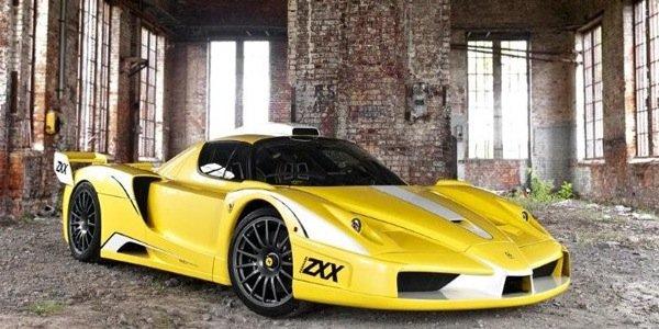 Une Ferrari FXX sauvée des eaux !
