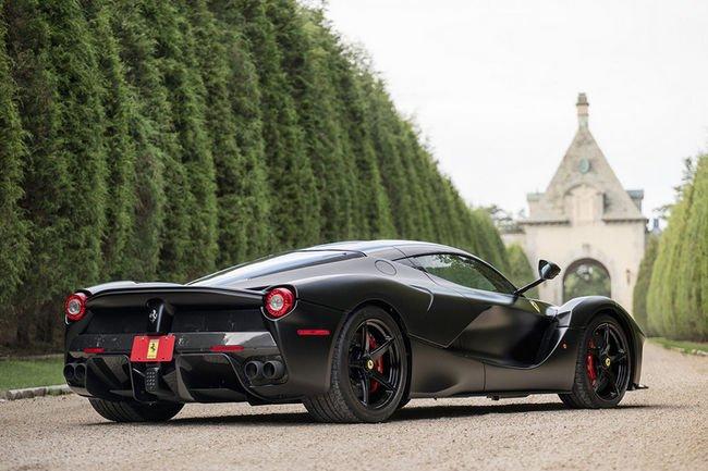 Ferrari brille sur la vente Mecum Auctions de Monterey