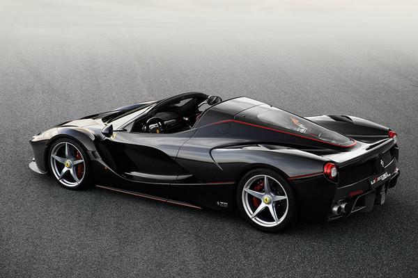 Ferrari va produire une 210ème LaFerrari Aperta
