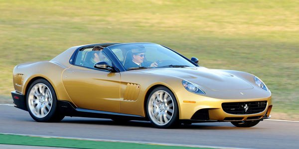 Une Ferrari «SP» à la Villa d'Este