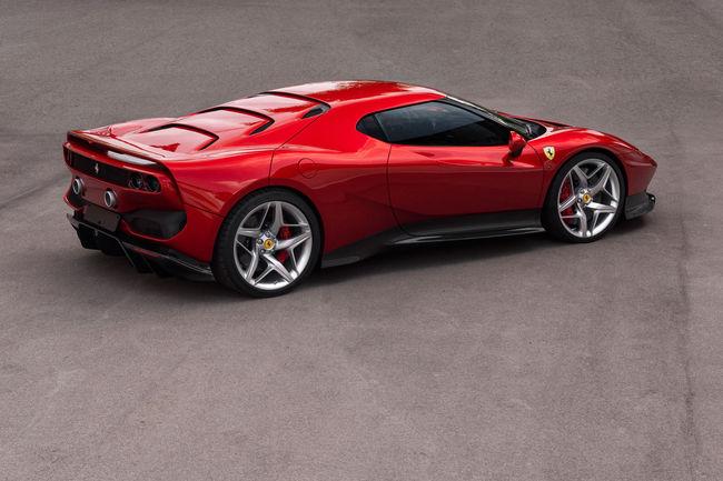 Ferrari dévoile le one-off SP38 à Fiorano