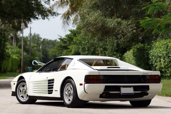 Retour aux enchères pour la Ferrari Testarossa de Miami Vice