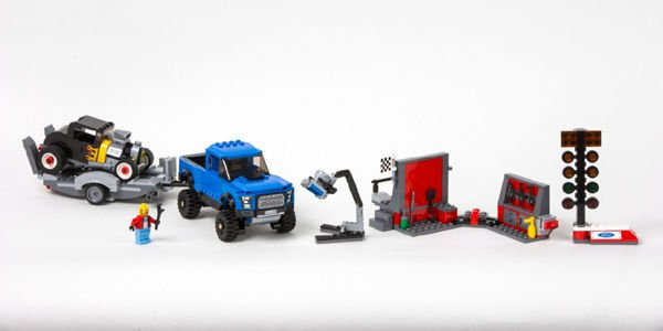 Ford intègre la gamme Lego Speed Champions