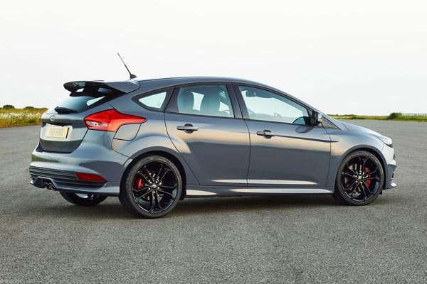 la nouvelle ford focus st en images actualit automobile motorlegend. Black Bedroom Furniture Sets. Home Design Ideas