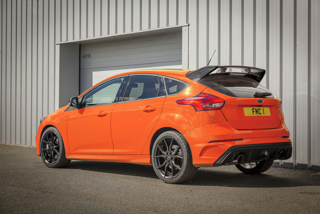 Ford Focus RS Heritage Edition : bouquet final