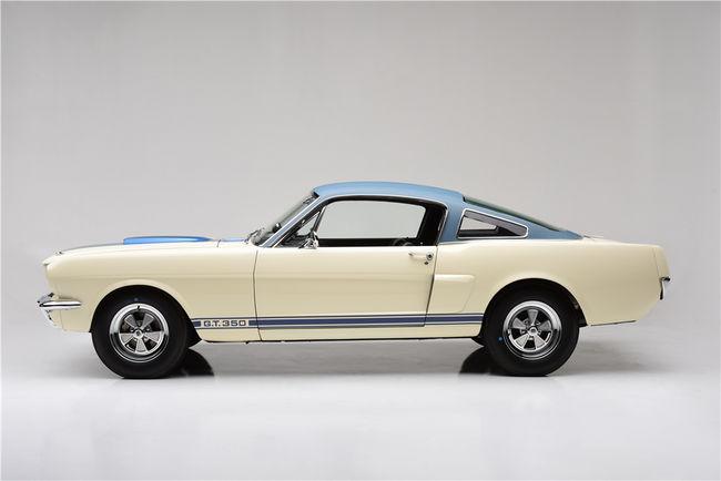 Un prototype Shelby GT350 de 1966 aux enchères