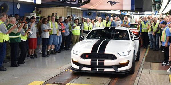 Ford Mustang Shelby GT350R : production lancée