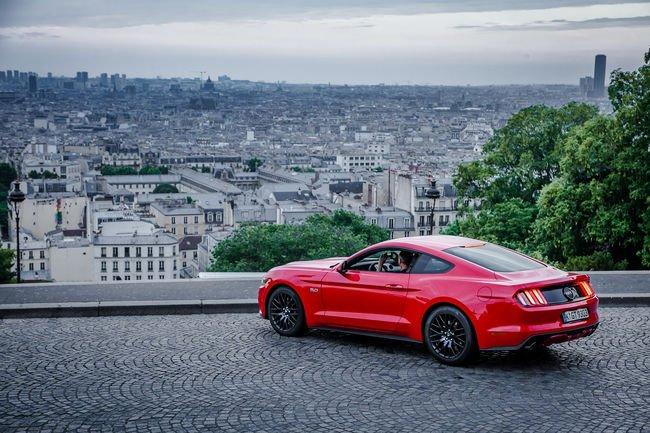 Ventes record pour la Ford Mustang en 2015