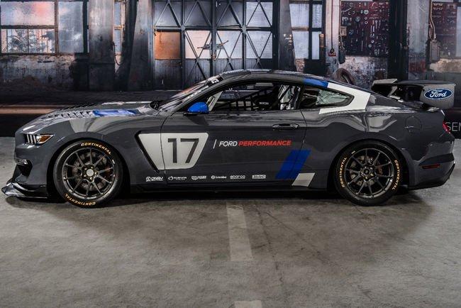 Ford dévoile une Mustang GT4 au SEMA Show