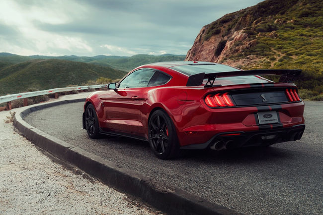 Ford Mustang Shelby GT500 : 290 km/h en pointe