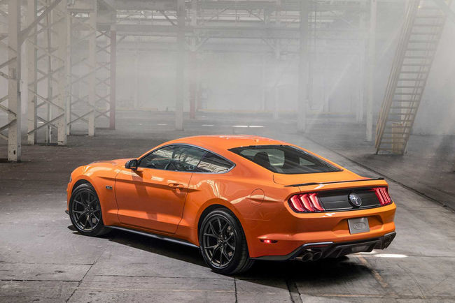 Ford Mustang EcoBoost 2.3 High Performance Package