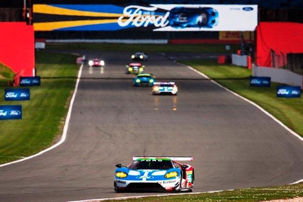 WEC : débuts positifs pour la Ford GT