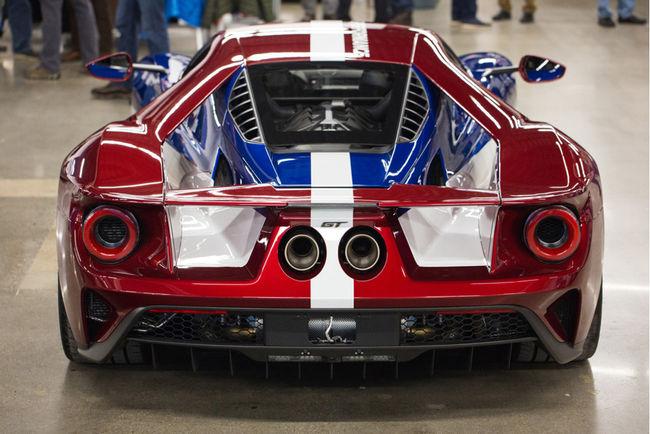 Une livrée Victory pour la Ford GT de route