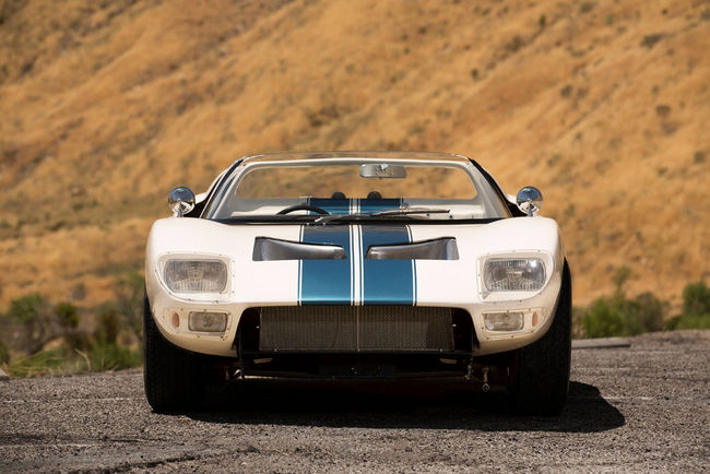 A vendre : unique Ford GT40 Roadster