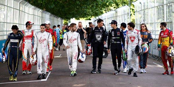 Formula E : les changements de pilotes limités
