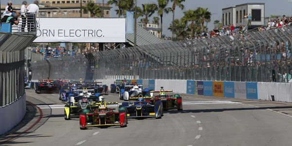 Formula E : Piquet Jr s'impose à Long Beach
