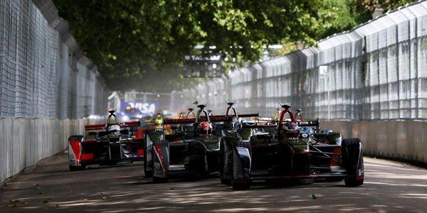 Formula E : 10 équipes confirmées pour la saison 2