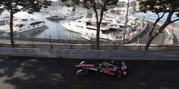 Formula E : pole et victoire pour Buemi à Monaco