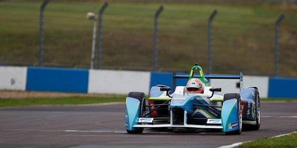 Formula E : Jarno Trulli en piste à Putrajaya