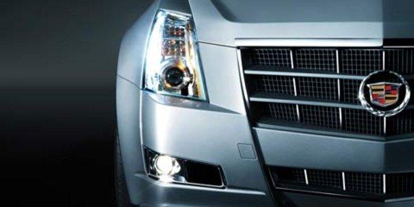 Une petite Cadillac face à la Série 3