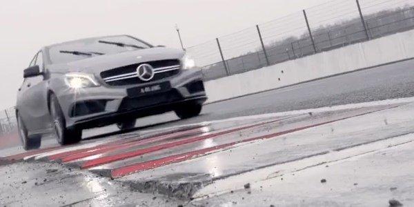 Vidéo Hamilton en Classe A45 AMG