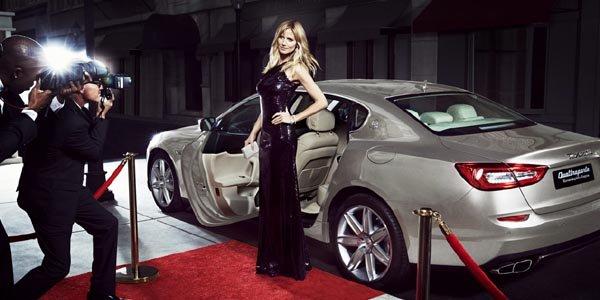 Heidi Klum pose pour Maserati