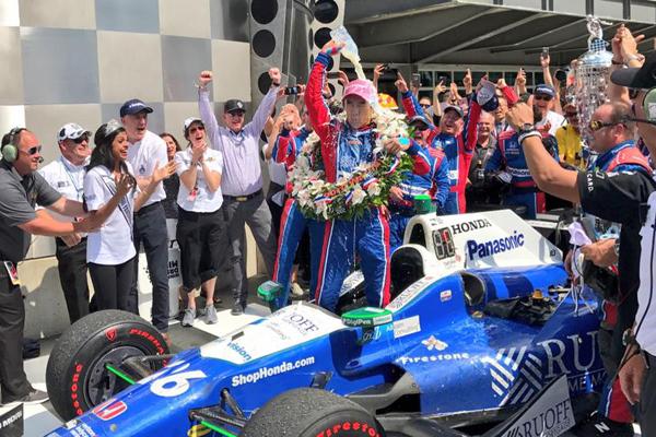 Indy 500 : Alonso KO, Sato s'impose