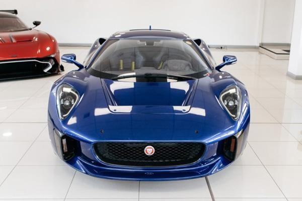 A vendre : Jaguar C-X75 de Spectre