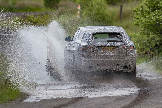 Jaguar E-Pace : dernier teaser avant présentation