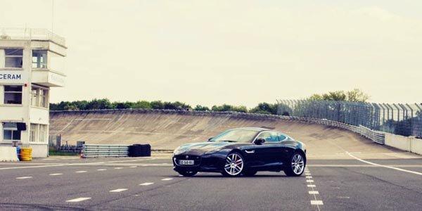 Jaguar à l'honneur de l'Afterwork de Montlhéry